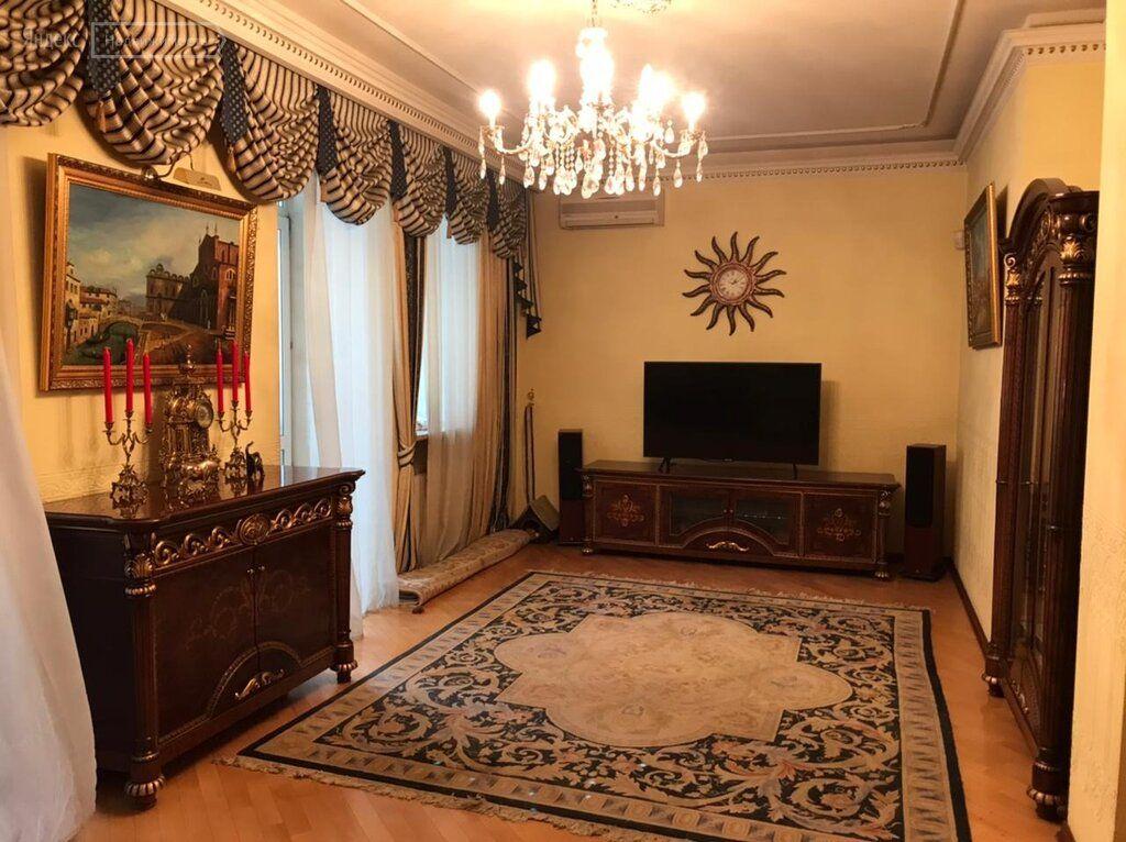 Продажа двухкомнатной квартиры Москва, метро Рижская, проспект Мира 70, цена 23900000 рублей, 2021 год объявление №564137 на megabaz.ru