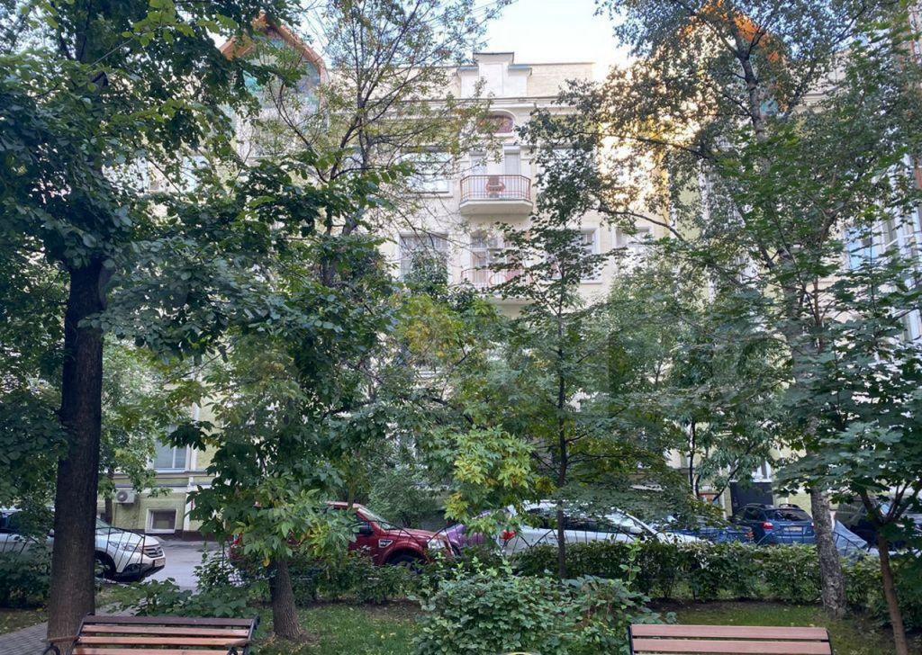 Аренда двухкомнатной квартиры Москва, метро Смоленская, Новинский бульвар 18А, цена 110000 рублей, 2021 год объявление №1463056 на megabaz.ru