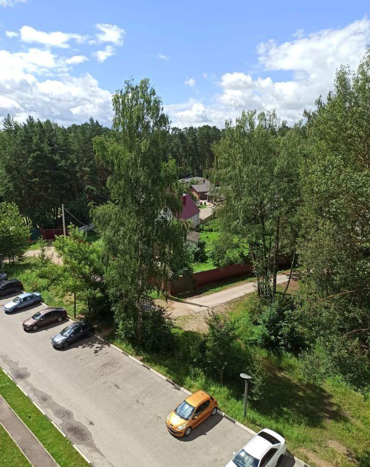 Аренда двухкомнатной квартиры поселок Большевик, улица Ленина 112, цена 27000 рублей, 2020 год объявление №1132377 на megabaz.ru