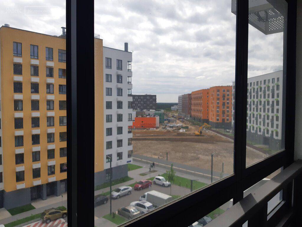 Продажа двухкомнатной квартиры поселок Ильинское-Усово, Заповедная улица 1, цена 4900000 рублей, 2020 год объявление №438560 на megabaz.ru
