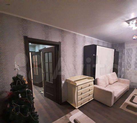 Продажа двухкомнатной квартиры рабочий посёлок Нахабино, Школьная улица 15, цена 6750000 рублей, 2021 год объявление №557302 на megabaz.ru