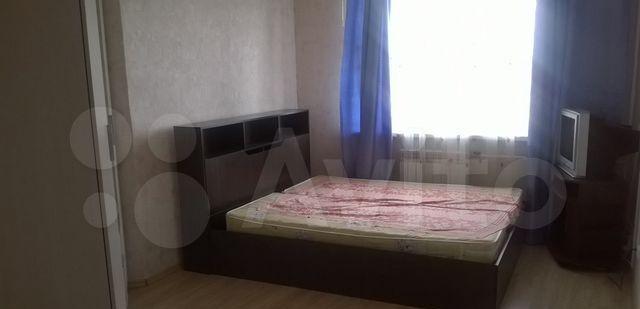 Аренда однокомнатной квартиры Клин, Клинская улица 54к2, цена 15000 рублей, 2021 год объявление №1304969 на megabaz.ru