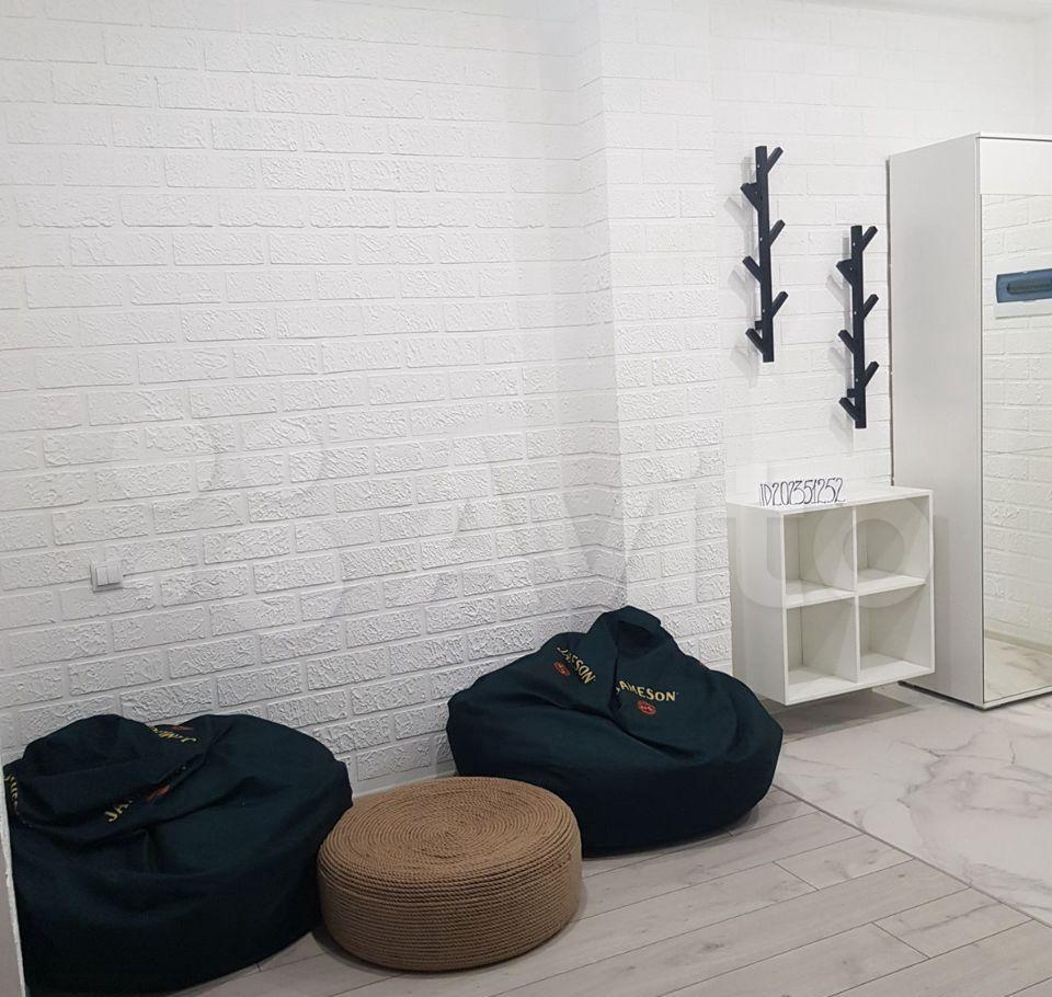 Аренда однокомнатной квартиры Москва, метро Авиамоторная, 2-я Кабельная улица 4, цена 2500 рублей, 2021 год объявление №1374633 на megabaz.ru
