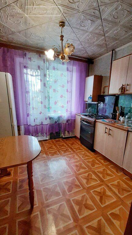 Продажа двухкомнатной квартиры поселок Успенский, Советская улица 11, цена 1750000 рублей, 2021 год объявление №574806 на megabaz.ru