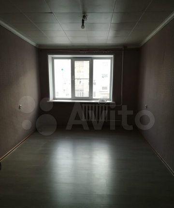 Продажа двухкомнатной квартиры поселок Большевик, улица Ленина 48, цена 3080000 рублей, 2021 год объявление №570596 на megabaz.ru