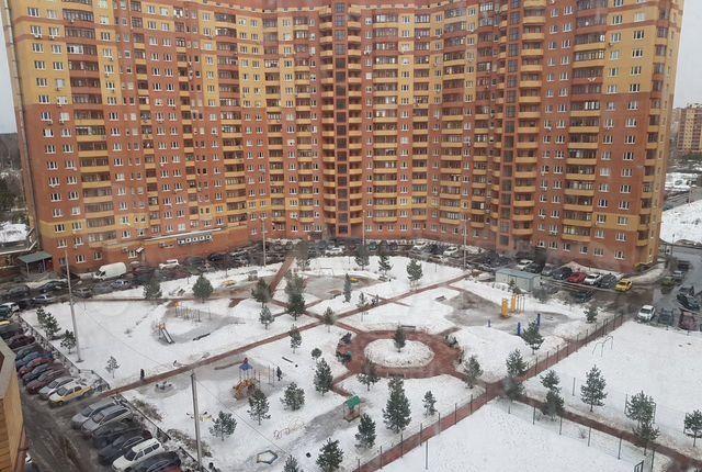 Аренда двухкомнатной квартиры деревня Щемилово, улица Орлова 10, цена 25000 рублей, 2021 год объявление №1349576 на megabaz.ru