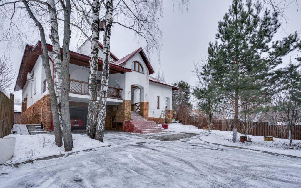 Продажа дома деревня Глухово, Центральная улица 83, цена 44000000 рублей, 2021 год объявление №682069 на megabaz.ru