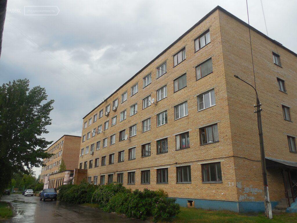 Продажа комнаты Рошаль, улица Коммунаров 2, цена 470000 рублей, 2021 год объявление №635380 на megabaz.ru