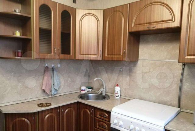 Аренда однокомнатной квартиры Луховицы, улица Жуковского 44, цена 13000 рублей, 2021 год объявление №1316124 на megabaz.ru