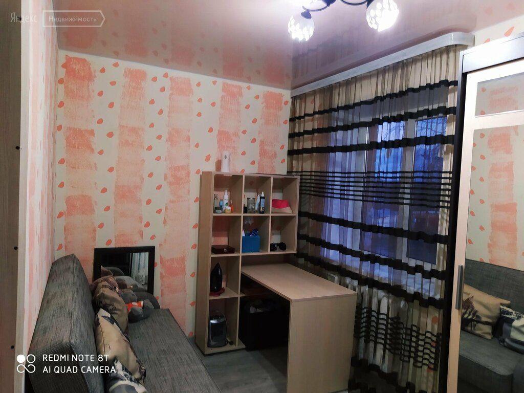 Продажа двухкомнатной квартиры Рошаль, улица Мира 17, цена 1800000 рублей, 2021 год объявление №560077 на megabaz.ru