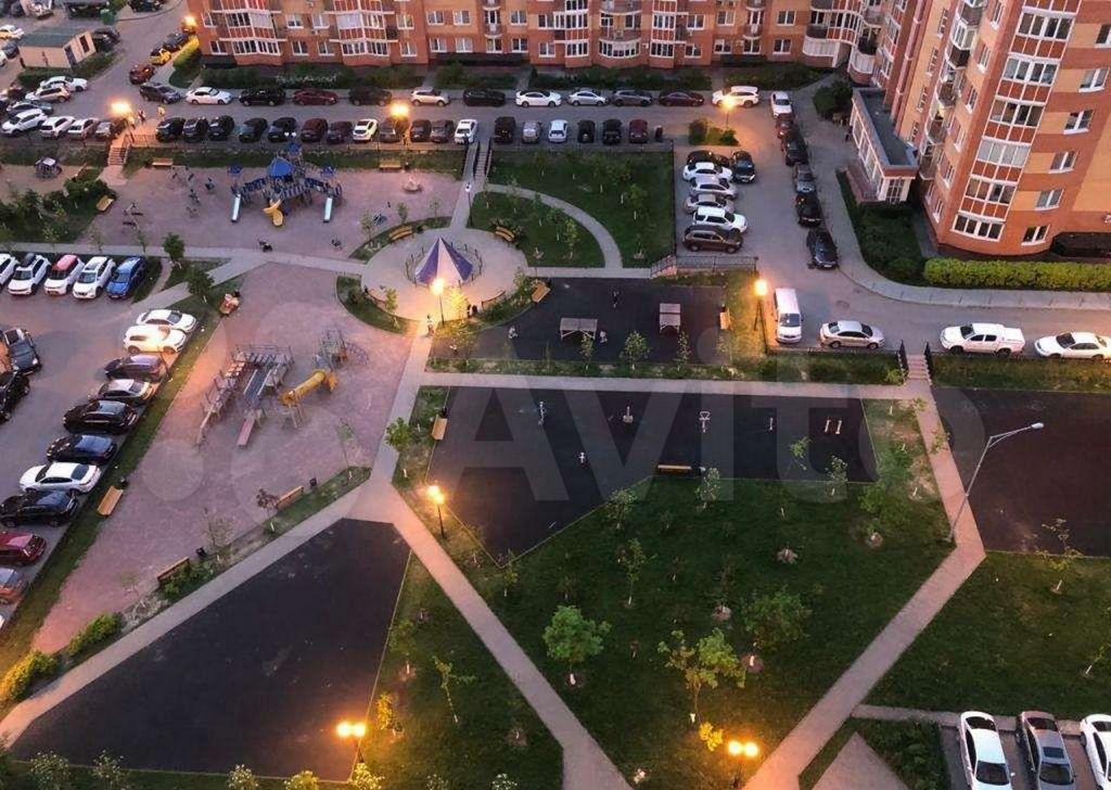 Аренда однокомнатной квартиры поселок ВНИИССОК, Бородинская улица 3, цена 28000 рублей, 2021 год объявление №1432765 на megabaz.ru