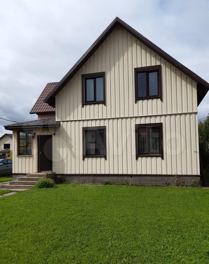 Аренда дома деревня Дубровки, Красивая улица, цена 150000 рублей, 2021 год объявление №1386964 на megabaz.ru
