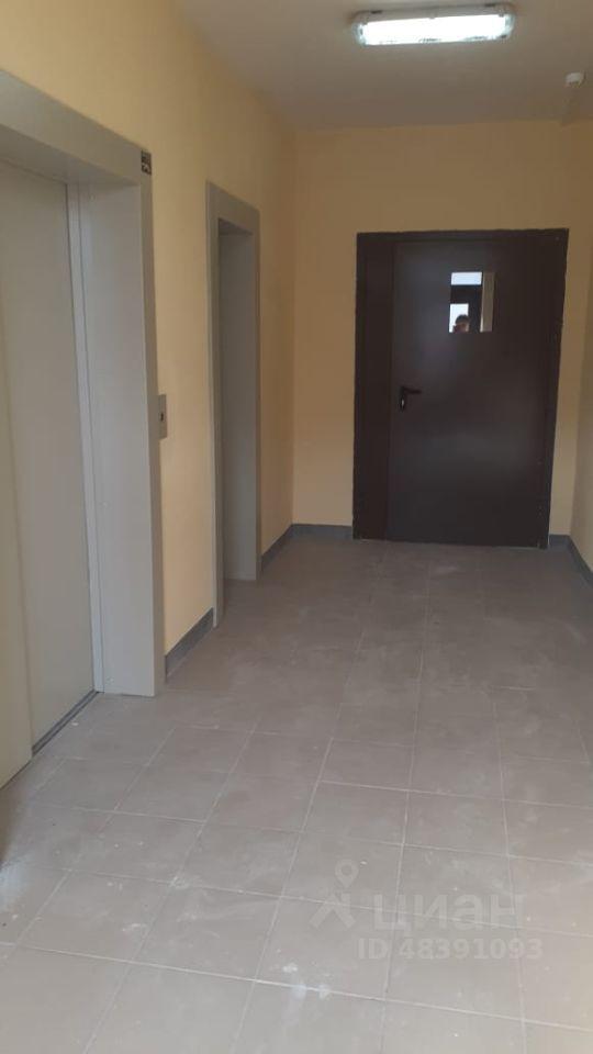 Продажа двухкомнатной квартиры дачный посёлок Поварово, цена 4100000 рублей, 2021 год объявление №617805 на megabaz.ru