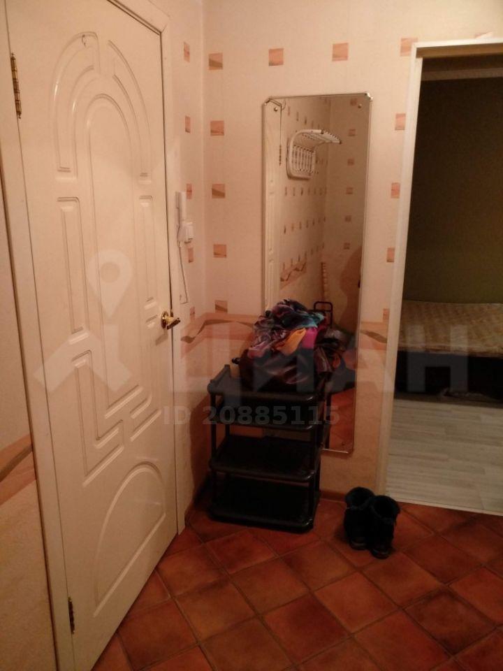 Аренда однокомнатной квартиры поселок городского типа Некрасовский, улица Ушакова 22, цена 18000 рублей, 2021 год объявление №1059264 на megabaz.ru