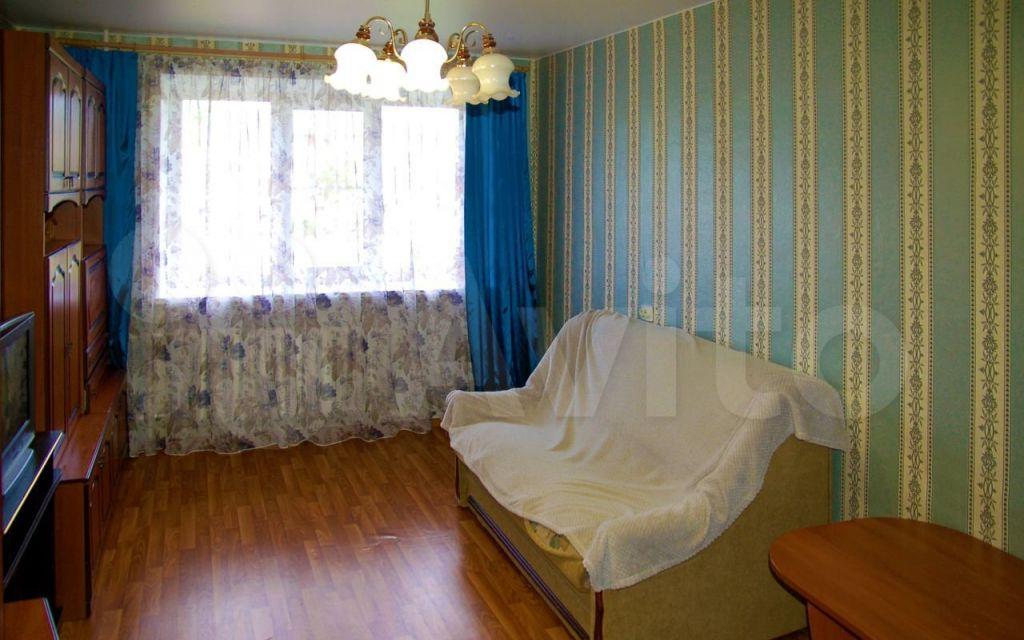 Аренда трёхкомнатной квартиры село Новопетровское, Полевая улица 3, цена 18000 рублей, 2021 год объявление №1451298 на megabaz.ru