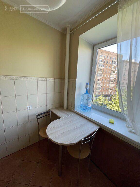 Аренда двухкомнатной квартиры Москва, метро Киевская, Брянская улица 12, цена 70000 рублей, 2021 год объявление №1420349 на megabaz.ru