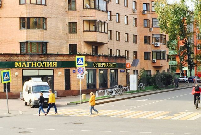 Продажа однокомнатной квартиры Москва, метро Бауманская, Токмаков переулок 13-15, цена 10800000 рублей, 2021 год объявление №459043 на megabaz.ru