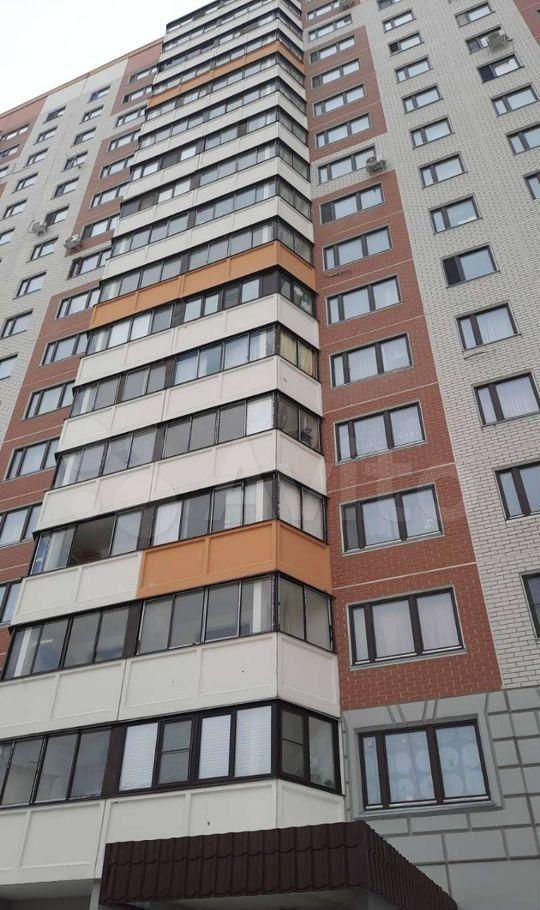 Продажа двухкомнатной квартиры село Домодедово, Высотная улица 1, цена 7250000 рублей, 2021 год объявление №603540 на megabaz.ru