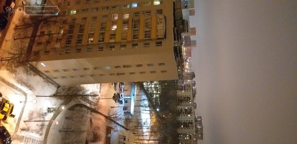 Аренда трёхкомнатной квартиры Москва, улица Главмосстроя 6, цена 70000 рублей, 2021 год объявление №1351774 на megabaz.ru