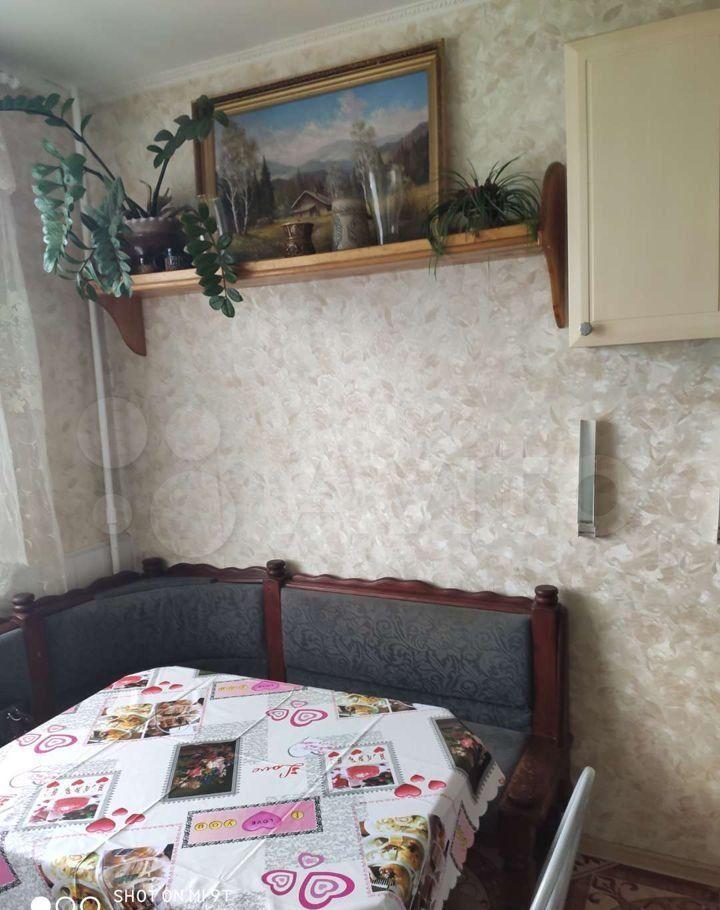 Аренда двухкомнатной квартиры рабочий посёлок Нахабино, Парковая улица 21, цена 35000 рублей, 2021 год объявление №1467603 на megabaz.ru