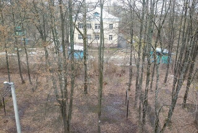 Продажа двухкомнатной квартиры Краснозаводск, улица 1 Мая 53, цена 2100000 рублей, 2021 год объявление №572876 на megabaz.ru