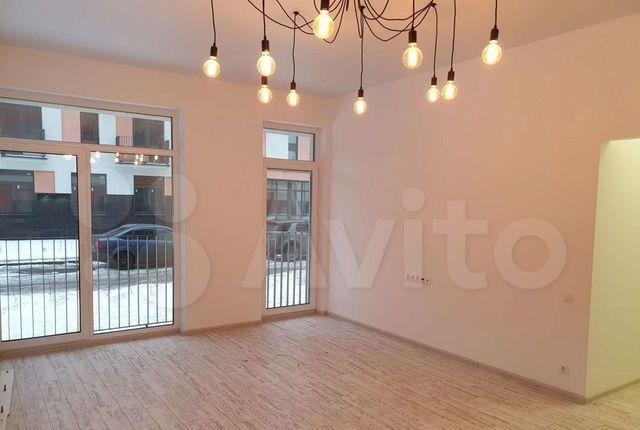 Продажа трёхкомнатной квартиры поселок Мещерино, цена 9800000 рублей, 2021 год объявление №448414 на megabaz.ru