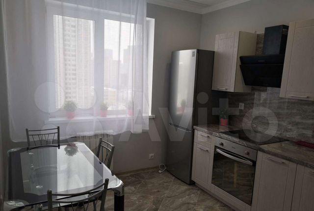 Продажа двухкомнатной квартиры Москва, метро Митино, 3-й Митинский переулок 1, цена 13980000 рублей, 2021 год объявление №575114 на megabaz.ru