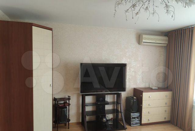 Аренда однокомнатной квартиры Клин, Центральная улица 72, цена 16000 рублей, 2021 год объявление №1335907 на megabaz.ru