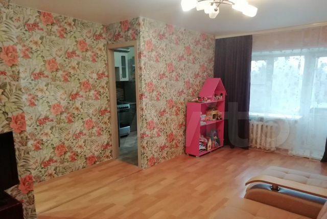 Продажа двухкомнатной квартиры поселок Большевик, улица Ленина 34, цена 3300000 рублей, 2021 год объявление №579039 на megabaz.ru