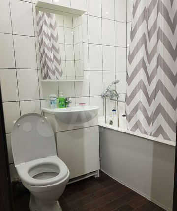 Аренда трёхкомнатной квартиры Серпухов, Советская улица, цена 2500 рублей, 2021 год объявление №1339938 на megabaz.ru