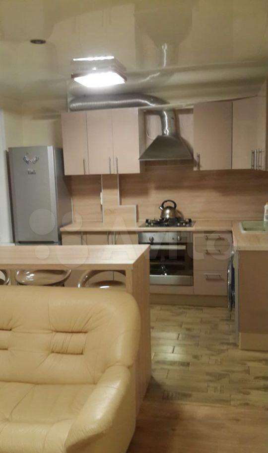 Продажа двухкомнатной квартиры Москва, метро Каховская, Азовская улица 21, цена 11200000 рублей, 2021 год объявление №566453 на megabaz.ru