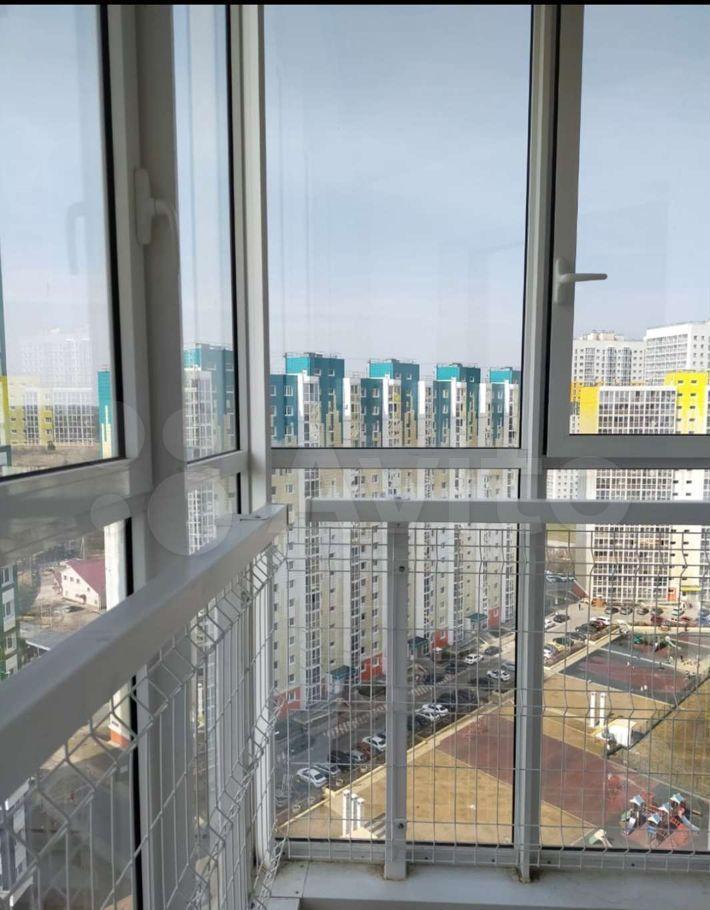 Аренда студии деревня Голубое, Сургутский проезд 1к2, цена 18000 рублей, 2021 год объявление №1381129 на megabaz.ru