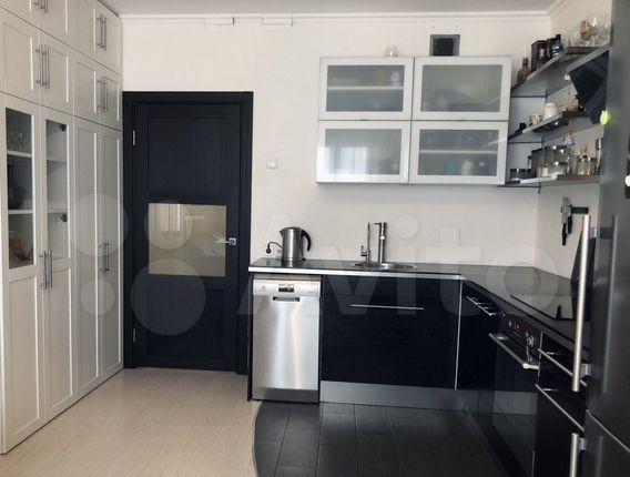 Продажа двухкомнатной квартиры деревня Сапроново, цена 7900000 рублей, 2021 год объявление №580341 на megabaz.ru