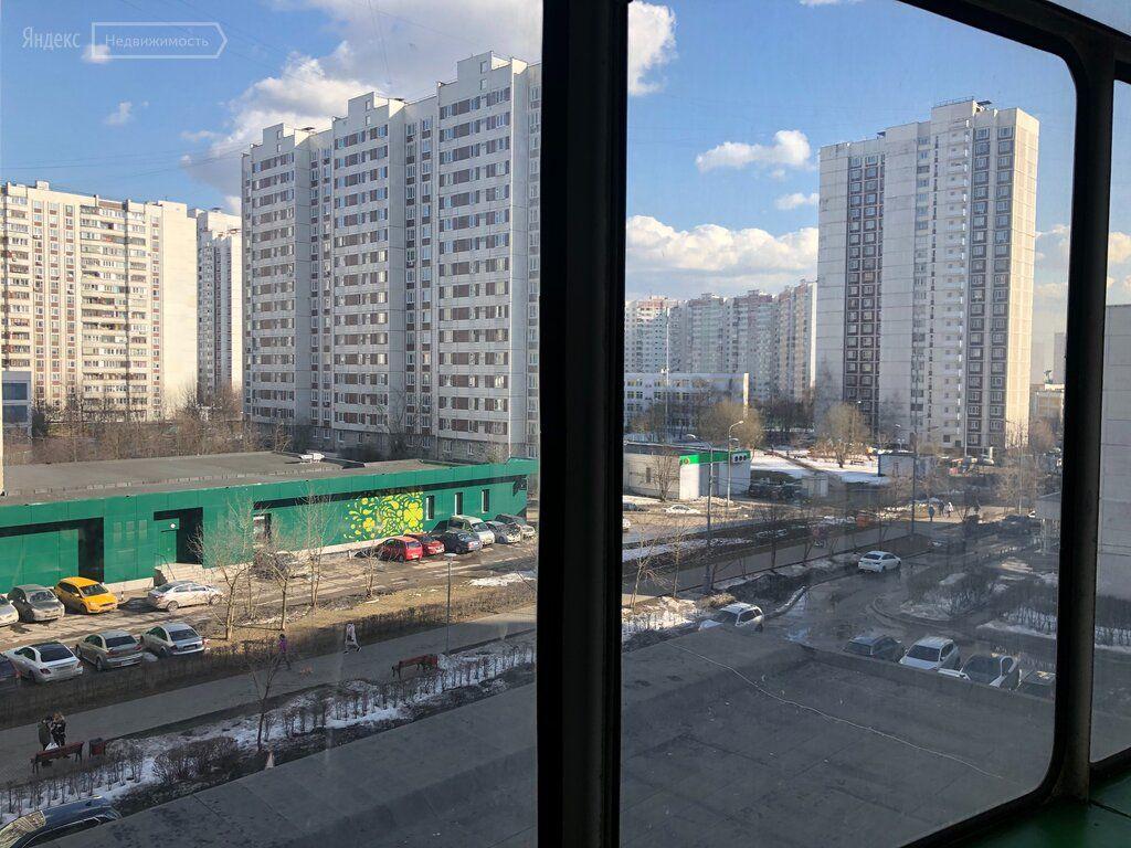 Аренда однокомнатной квартиры Москва, метро Пятницкое шоссе, Ангелов переулок 9, цена 40000 рублей, 2021 год объявление №1357317 на megabaz.ru