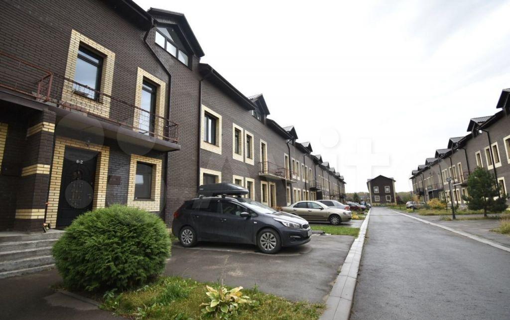 Продажа дома деревня Красное, Каштановая улица, цена 11000000 рублей, 2021 год объявление №576221 на megabaz.ru