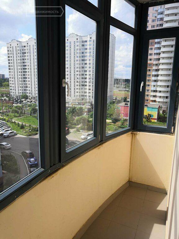 Аренда двухкомнатной квартиры Одинцово, улица Чистяковой 68, цена 35000 рублей, 2021 год объявление №1341158 на megabaz.ru