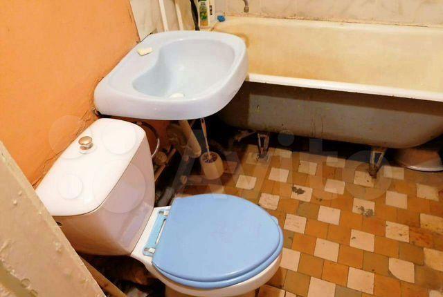 Продажа однокомнатной квартиры поселок Большевик, улица Ленина 32, цена 1950000 рублей, 2021 год объявление №582044 на megabaz.ru