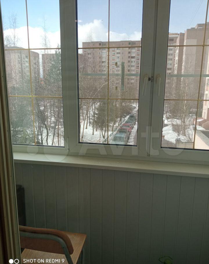 Аренда двухкомнатной квартиры рабочий посёлок Нахабино, Молодёжная улица 2, цена 28000 рублей, 2021 год объявление №1356582 на megabaz.ru