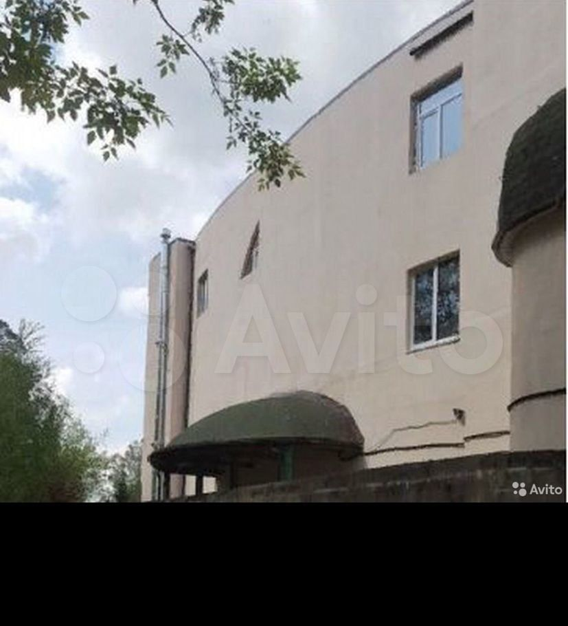 Продажа двухкомнатной квартиры село Тарасовка, Рябиновая улица, цена 3200000 рублей, 2021 год объявление №540595 на megabaz.ru