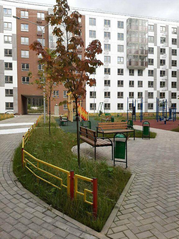 Продажа двухкомнатной квартиры деревня Елино, цена 4350000 рублей, 2021 год объявление №583244 на megabaz.ru