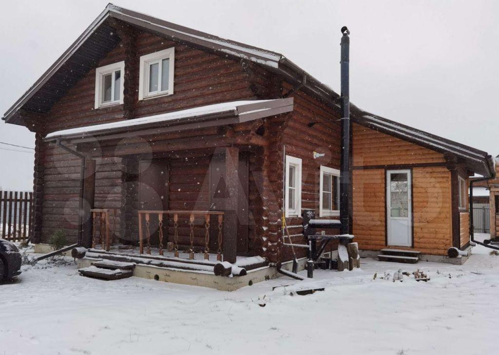 Аренда дома деревня Черное, Чернореченская улица 274, цена 70000 рублей, 2021 год объявление №1369090 на megabaz.ru