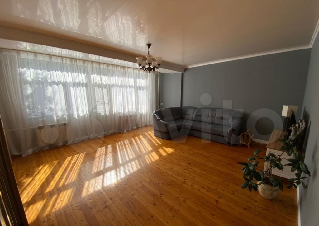 Продажа дома село Немчиновка, Бородинская улица 39, цена 18000000 рублей, 2021 год объявление №543899 на megabaz.ru