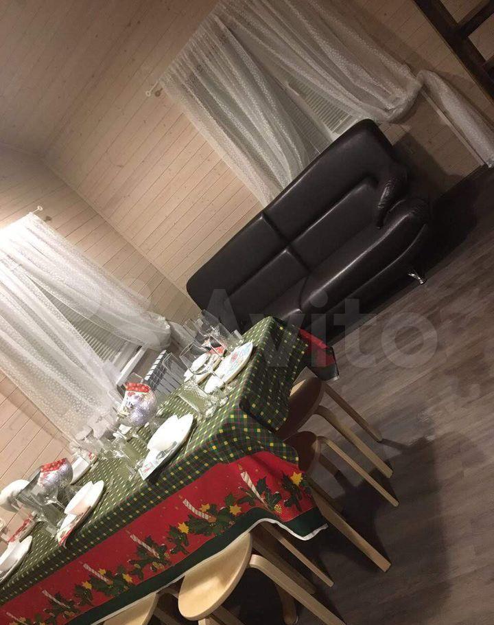Аренда дома деревня Черное, Чернореченская улица 341, цена 45000 рублей, 2021 год объявление №1227757 на megabaz.ru