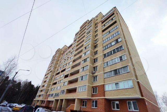 Продажа двухкомнатной квартиры поселок Зеленый, Школьная улица 15, цена 6600000 рублей, 2021 год объявление №585123 на megabaz.ru