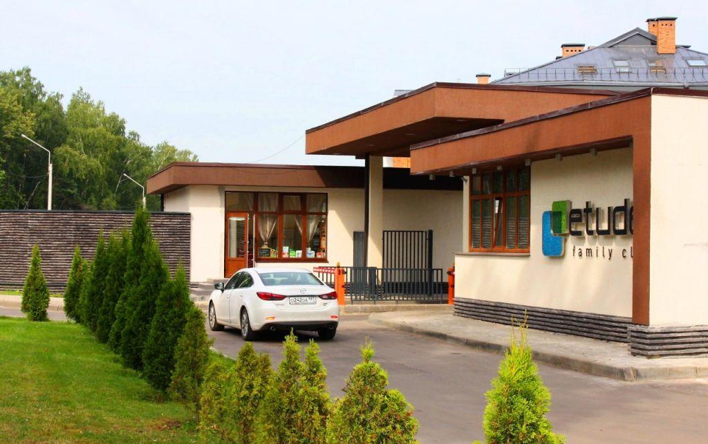 Продажа дома поселок Отрадное, улица Брюсова 13, цена 39900000 рублей, 2020 год объявление №431962 на megabaz.ru
