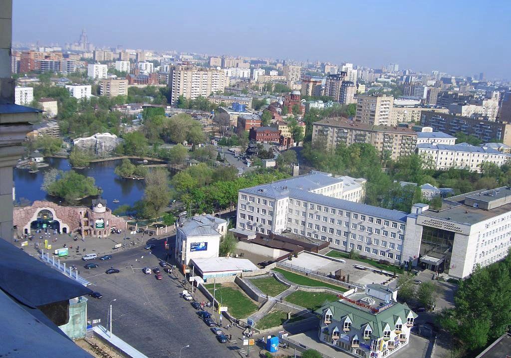 Аренда трёхкомнатной квартиры Москва, метро Баррикадная, Кудринская площадь 1, цена 100000 рублей, 2021 год объявление №1170402 на megabaz.ru