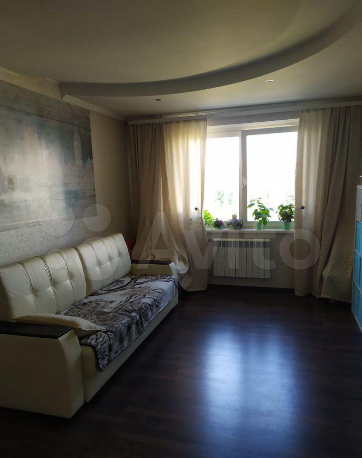 Продажа трёхкомнатной квартиры поселок Володарского, улица Елохова Роща 6, цена 10000000 рублей, 2021 год объявление №657260 на megabaz.ru