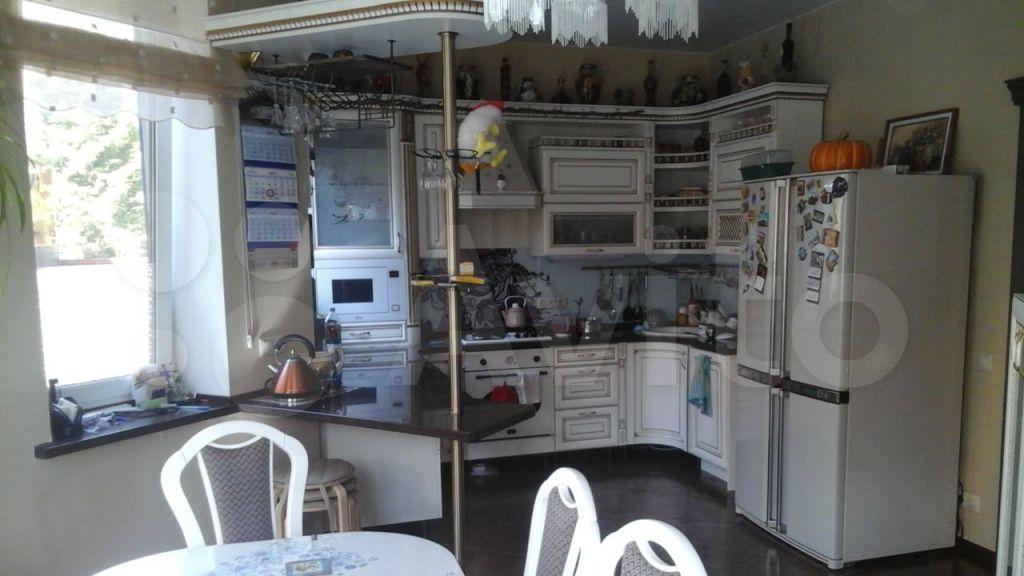 Аренда дома деревня Грибки, 3-й Виноградный тупик, цена 150000 рублей, 2021 год объявление №1370293 на megabaz.ru