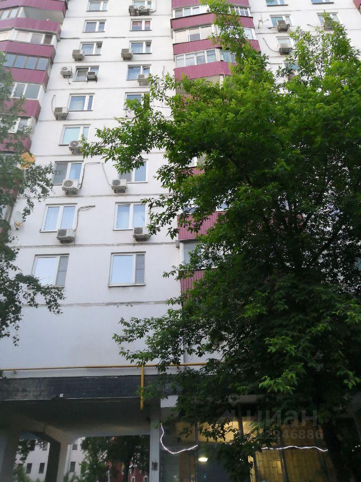 Аренда двухкомнатной квартиры Москва, метро Парк культуры, Смоленский бульвар 6-8, цена 70000 рублей, 2021 год объявление №1425869 на megabaz.ru