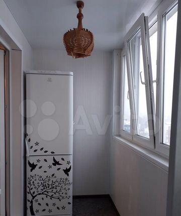Аренда двухкомнатной квартиры рабочий посёлок Нахабино, Школьная улица 10, цена 32000 рублей, 2021 год объявление №1352766 на megabaz.ru